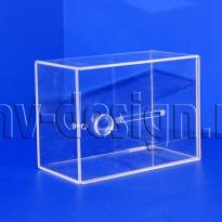 Коробка из оргстекла
